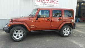 Sandys jeep boards up